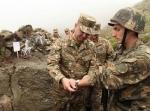 Охраняющие границы солдат и командир должны продолжать самоотверженное служение также вне окопов – Сейран Оганян