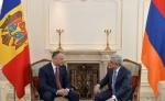 Սերժ Սարգսյանը հանդիպել է Մոլդովայի նախագահ Իգոր Դոդոնի հետ