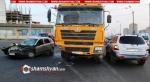 Երևանում բախվել են զինվորականի ВАЗ 111 093-ը, բեռնատարն ու Hyundai-ը