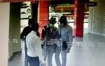 Բանկի պահակը կանխել է գողությունը՝ հանցագործների «քթի առաջ» դուռը փակելով