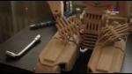Ուկարինացի տղամարդու հոբբին փայտյա ռոբոտներ պատրաստելն է