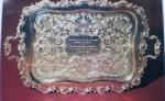 Золотой поднос работы армянского ювелира выставлен в Букингемском дворце