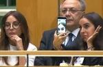 Странное поведение Лейлы Алиевой во время выступления ее отца