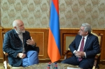 Սերժ Սարգսյանը հյուրընկալել է Ջոն Մալկովիչին