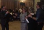 Պարում են Ռիտա Սարգսյանը և Նադեժդա Սարգսյանը՝ առաջինին նվիրված երգի ներքո