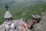 Թուրքիան Հայաստանի հետ սահմանին տեսախցիկներ է տեղադրում, իսկ մենք աղոթում ենք