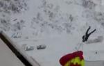 Պարաշյուտով թռել է բարձրահարկ շենքի պատշգամբից