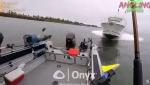 Ձկնորսները հասցրել են դուրս թռնել մոտորանավակի հետ բախումից մեկ վայրկյան առաջ