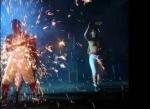 Այս մարդիկ չինական Նոր տարին նշում են հրավառության կայծեր կուլ տալով