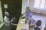 Կացինով զինված հարբած տղամարդը մտել է Մոսկվայի դպրոցներից մեկը (տեսանյութ)