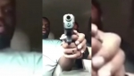 Աղջիկը պատահաբար կրակել է ընկերոջ գլխին Facebook-ի ուղիղ հեռարձակման ժամանակ