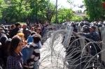 Ոստիկանների և ցուցարարների միջև բախման կադրերը (տեսանյութ)