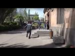 Ոստիկանները՝ ուսանողների հետևից վազելով