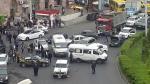 Բեռնատարով, երթուղային տաքսիներով և Կռունկով փակել են փողոցները (լուսանկար, տեսանյութ)