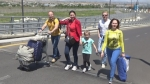 Ոտքով օդանավակայան․ ռուս զբոսաշրջիկները՝ հայկական հեղափոխության մասին (տեսանյութ)