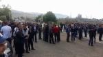 Բողոքի գործողություններ են իրականացնում «Էջմիածին ՋՕԸ»-ի, Արարատի ցեմենտի գործարանի և Արարատի ոսկու կորզման գործարանի աշխատակիցները (տեսանյութ)