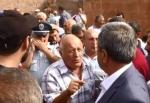 Բողոքի ցույց Արմավիրում. խաղողագործները փակել են Արմավիր-Երևան ավտոճանապարհը (տեսանյութ)