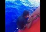 Ինչպես են ինդոնեզացի դեռահասին փրկել են ծովում միայնակ 49 օր նավարկելուց հետո