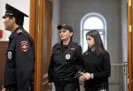 Մոսկվայի դատարանը ազատ արձակեց Խաչատուրյան քույրերից երկուսին (տեսանյութ)