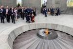 Президент Франции почтил память жертв Геноцида армян (видео)