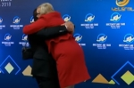 Օրվա գրկախառնությունը․ Գագիկ Ծառուկյանը օդ է բարձրացրել օտարերկրացի հյուրին (տեսանյութ)