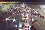 Եկատերինբուրգում հսկայական տոնածառ են կառուցել 213 ավտոմեքենաներից