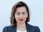 ԱԺ փոխնախագահ Լենա Նազարյանը հրաժարվել է հարցազրույց տալ հեռախոսով իրեն նկարահանող լրագրողներին