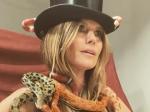 Ներքնազգեստով Հայդի Քլումը լուսանկարվել է օձերի հետ (տեսանյութ)