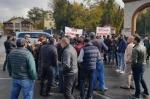 Կենդանաբանական այգու դիմաց շարունակվում է աշխատակիցների բողոքի ակցիան