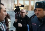 Կառավարության դիմաց վիճաբանություն է տեղի ունեցել ցուցարարների և ոստիկանների միջև (տեսանյութ)