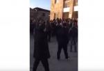 Քաշքշուկ ոստիկանների և Արշալույսի բնակիչների միջև (տեսանյութ)