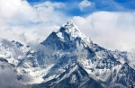 Էվերեսթի հալչող սառույցների տակ հայտնաբերվել են շատ տարիներ առաջ զոհված ալպինիստների մարմիններ