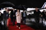 Վրաստանի նախագահը դարձել է Փարիզ-Թբիլիսի ուղիղ չվերթի առաջին ուղևորը