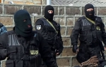 ԱԱԾ զինված աշխատակիցները ներխուժել են Միհրան Պողոսյանի առանձնատուն (տեսանյութ)