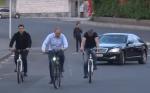 Նիկոլ Փաշինյանն աշխատանքի է գնացել «հակահեղափոխական» հեծանվով (տեսանյութ)