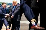 Ամերիկացի փոխնահանգապետը Թրամփի հետ հանդիպմանը նախագահի պատկերով գուլպաներով է գնացել (լուսանկարներ)