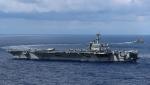 США направляют ракетный эсминец в Оманский залив