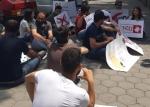 ԱԺ շենքի առջև ՀՅԴ ՀԵՄ «Ահազանգ» նախաձեռնության անդամները նստացույց են սկսել (տեսանյութ)