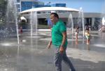 Սահակաշվիլին վազվզել է շատրվանների ջրի տակ (տեսանյութ)