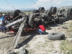 Կոտայքում КамАЗ-ը բախվել է պատնեշներին և գլխիվայր շրջվել. վարորդը մահացել է